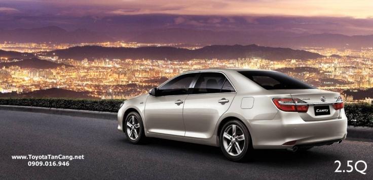 Giá xe Camry 2015 tính như thế nào ?