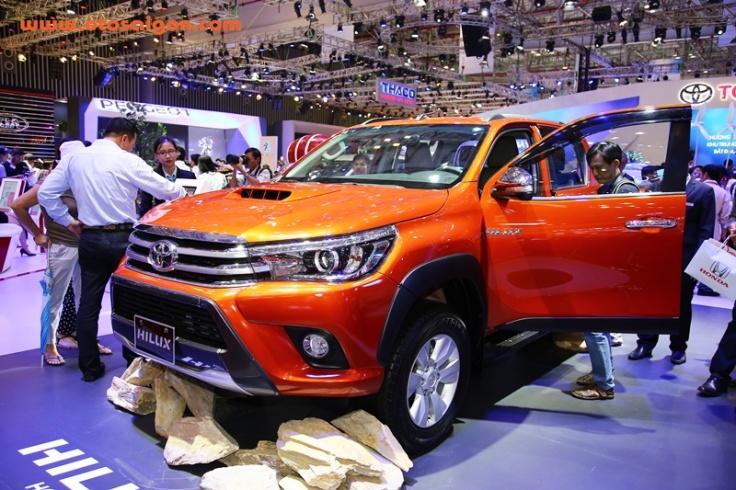 Xe bán tải Toyota Hilux 2016 vừa được Toyota Việt Nam ra mắt cách đây không lâu
