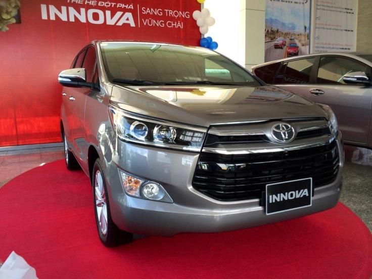 gia-xe-toyota-innova-2017-1.jpg