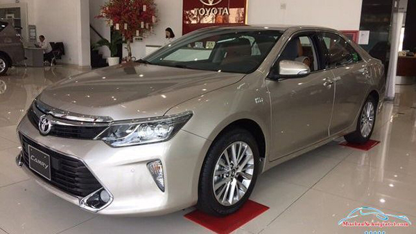 Thân-trước-bên-phải-Toyota-Camry-2019-20209.jpg