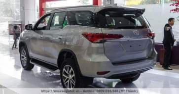3-toyota-fortuner-2019-2020-may-dau-so-tu-dong-vntoyota-net